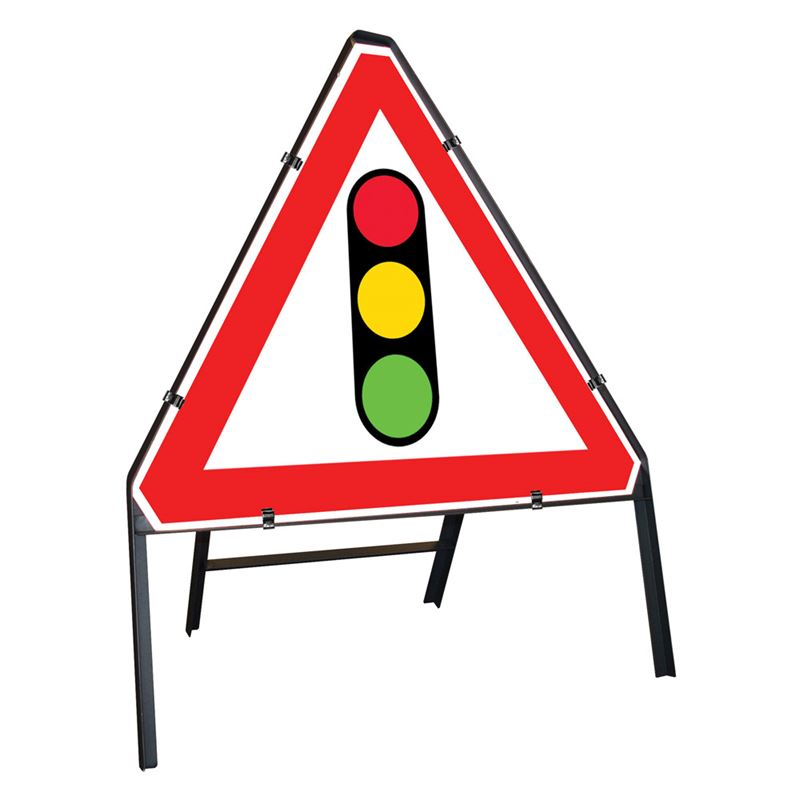 Traffic Light In Use 750mm Triangle - PF Cusack