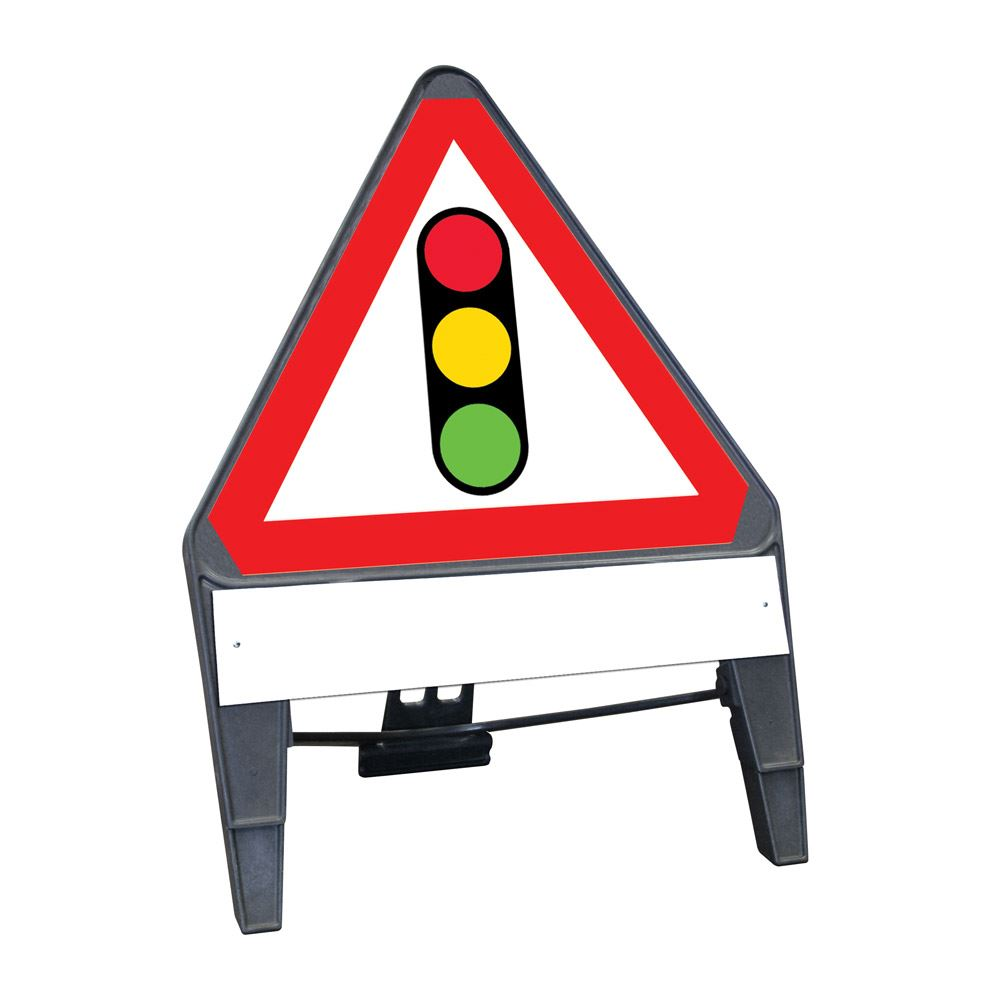 CuStack Traffic Signals Triangular Sign with Supplement Plate - 750mm